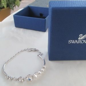 Swarovski bracelet swan signed adjustable